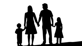 family-1671088_1280
