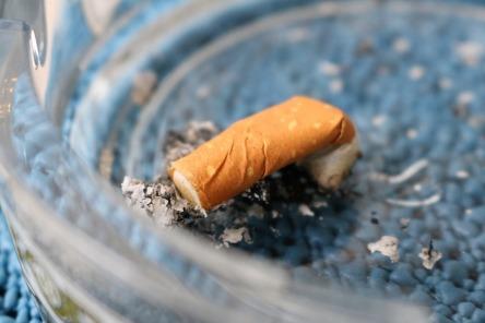 cigarette-2265950_960_720.jpg