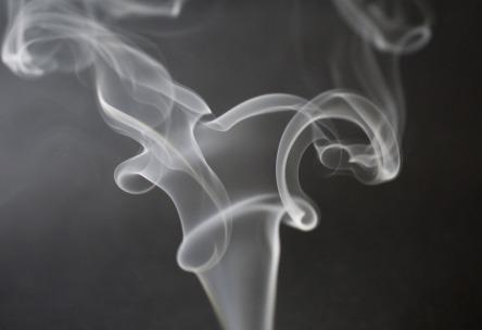 smoke-933237_1920 (1)
